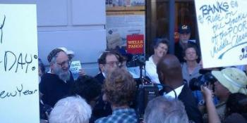 Rabbis Waskow & Lerner & others in Occupy Rosh Hashanah prayerful picket & shofar-blowing to urge Move Our Money from oppressive banks to credit unions & community banks, 9/17/12