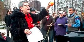 "Rabbi Linda Holtzman: ""Orange for Seder Plate,"" Occupy Passover, Philadelphia, 4/1/12"