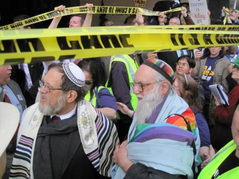 "Photo of Rabbis Lerner & Waskow at DC Demo, March 11, 2010, confronting ""health"