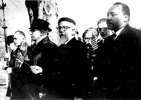 At Arlington National Cemetery in 1967, Dr. King, Rabbi Heschel, and others in Clergy and Laity Concerned About Vietnam prayed together for the US government to end its war against Vietnam.