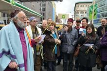 "Reb Arthur at BP ""pyramid of power, 4/1/12, Occupy Holy Week, Occupy Passover: NYC"