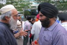 Reb Arthur and Sikh leader at memorial ceremony in Philadelphia after massacre of Sikhs in Wisconsin